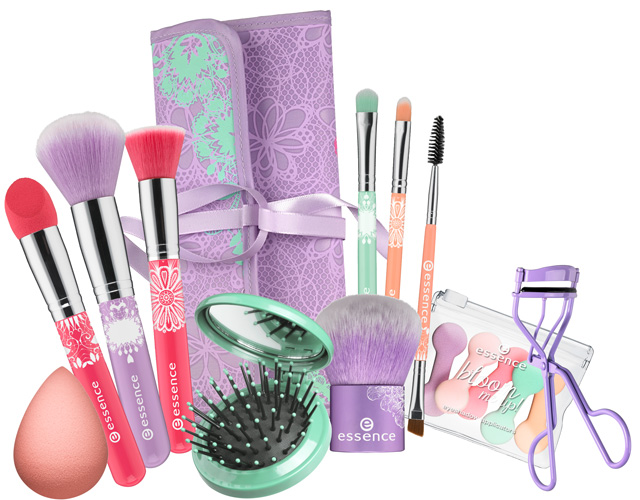 Essence-2014-Bloom-Me-Up-Tools